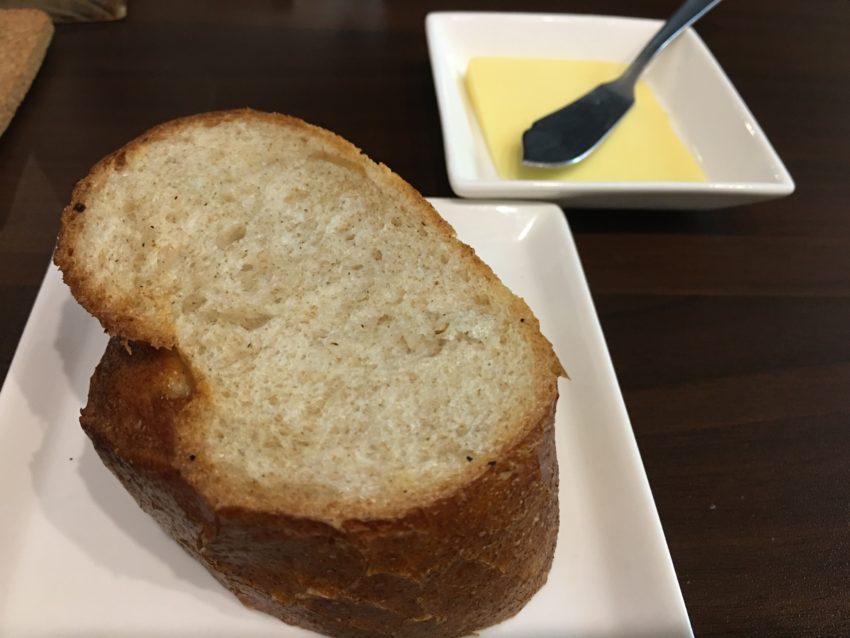 ビストロはらぺこキッチン パン